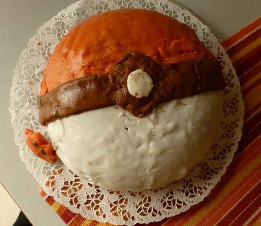 Pokémon-Fanart: Pokéball-Kuchen!