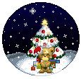 Teddiursa am Weihnachtsbaum