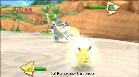 Pikachu setzt Donnerblitz gegen Turtok ein