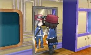 Der Protagonist vor einem Spiegel